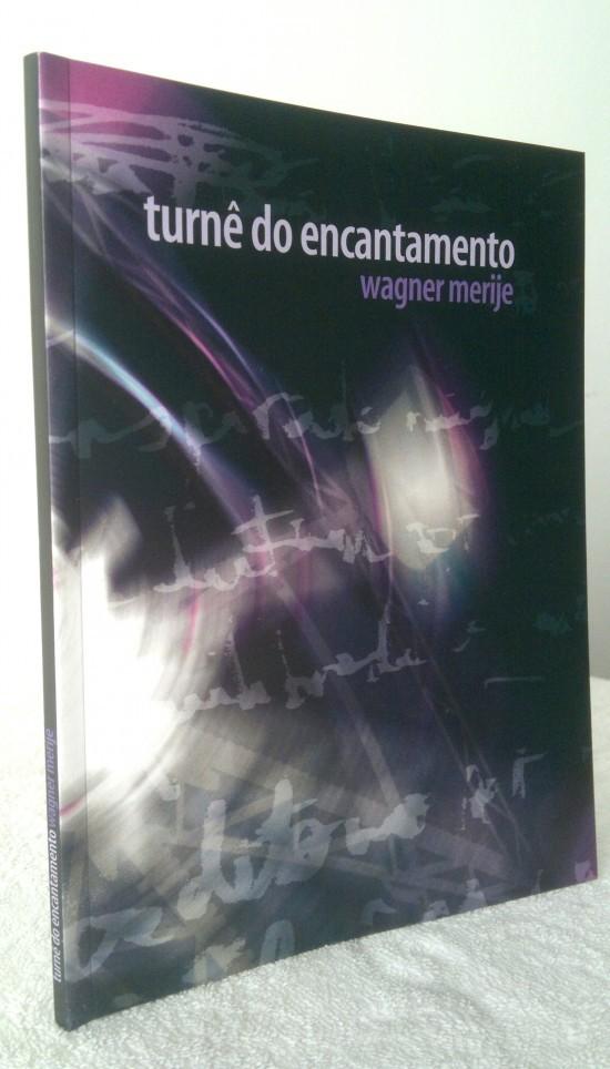 Turnê-do-Encantamento_livro-de-lado-550x964