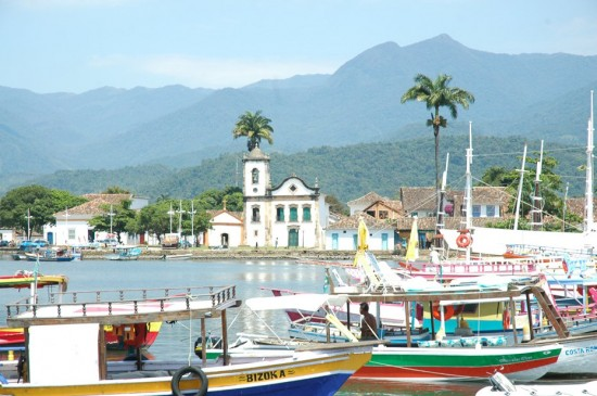 paraty barcos view